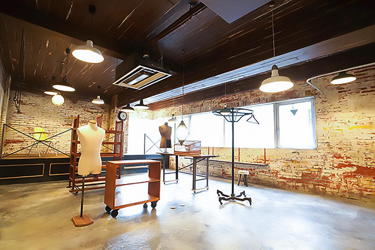 vintage shop Room-9